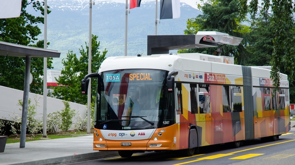 The new generation of electric buses – flash charging at the bus stops